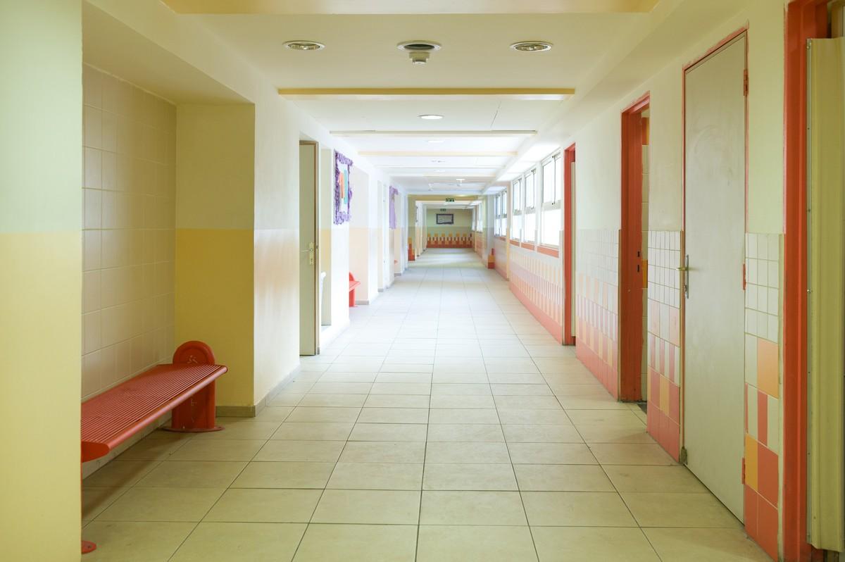 אדריכלות בתי ספר ריקי גרוזמן